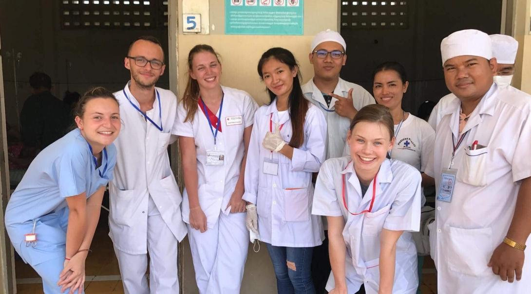 Students doing their medical school electives abroad spend time bonding with local medical professionals.